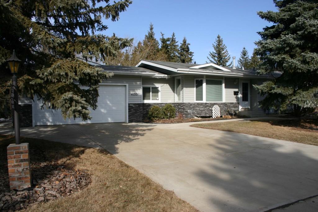 House in Aspen Gardens, Edmonton