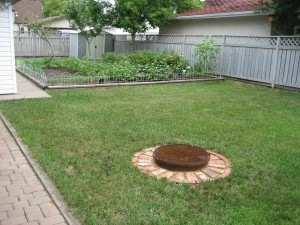 A north-facing back yard in King Edward Park, Edmonton