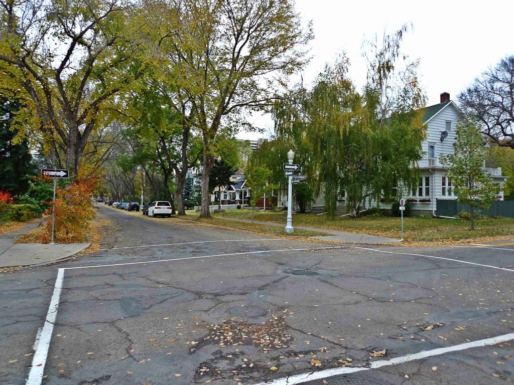 Garneau, Edmonton Neighbourhood Profile Picture
