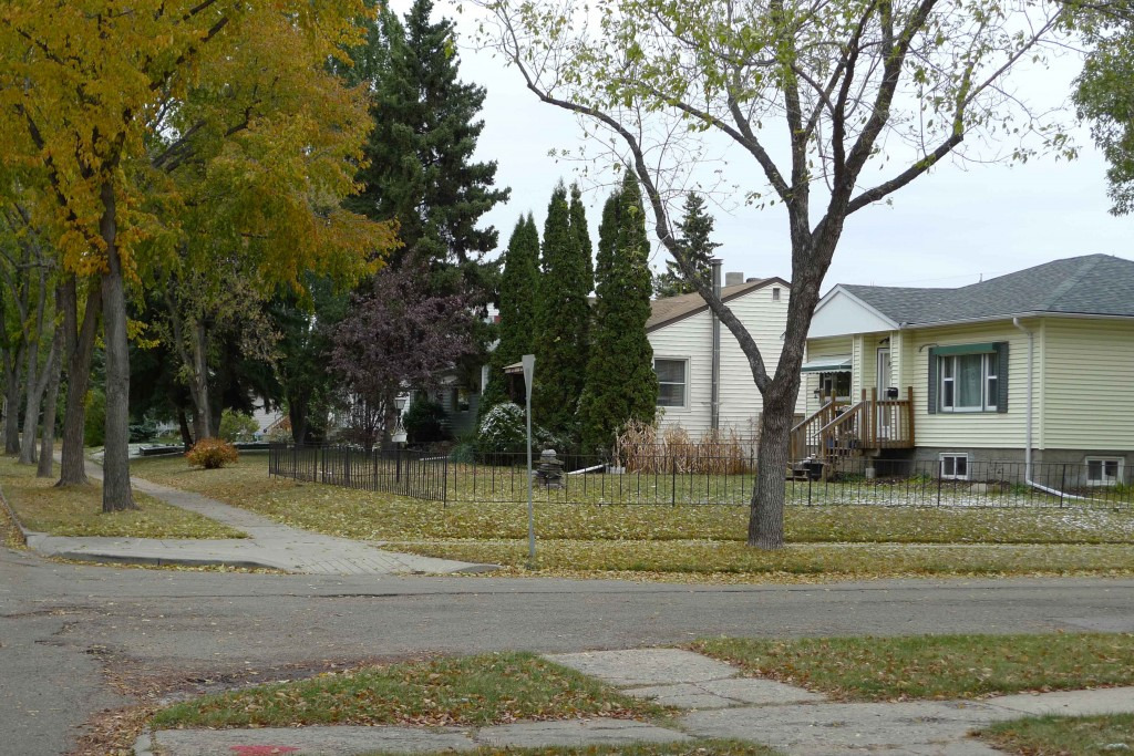 Westmount, Edmonton Neighbourhood Profile Picture