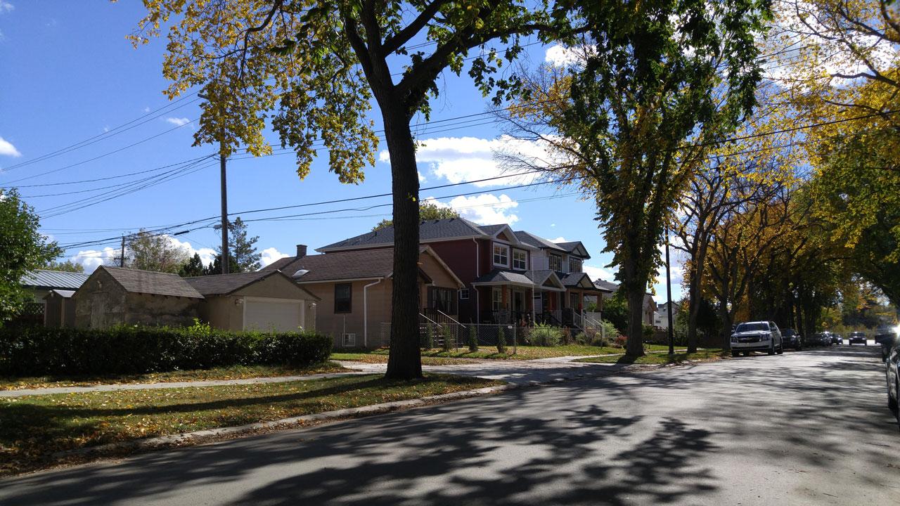 another-street-photo-of-hazeldean-edmonton
