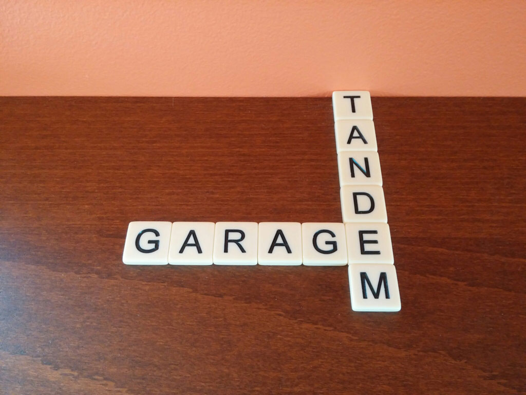 What is a tandem garage real estate definition