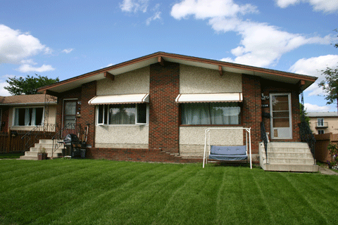 Duplex in King Edward Park, Edmonton