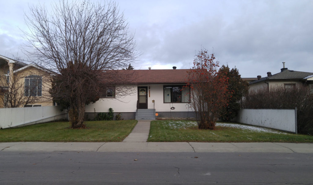 house in glenwood edmonton