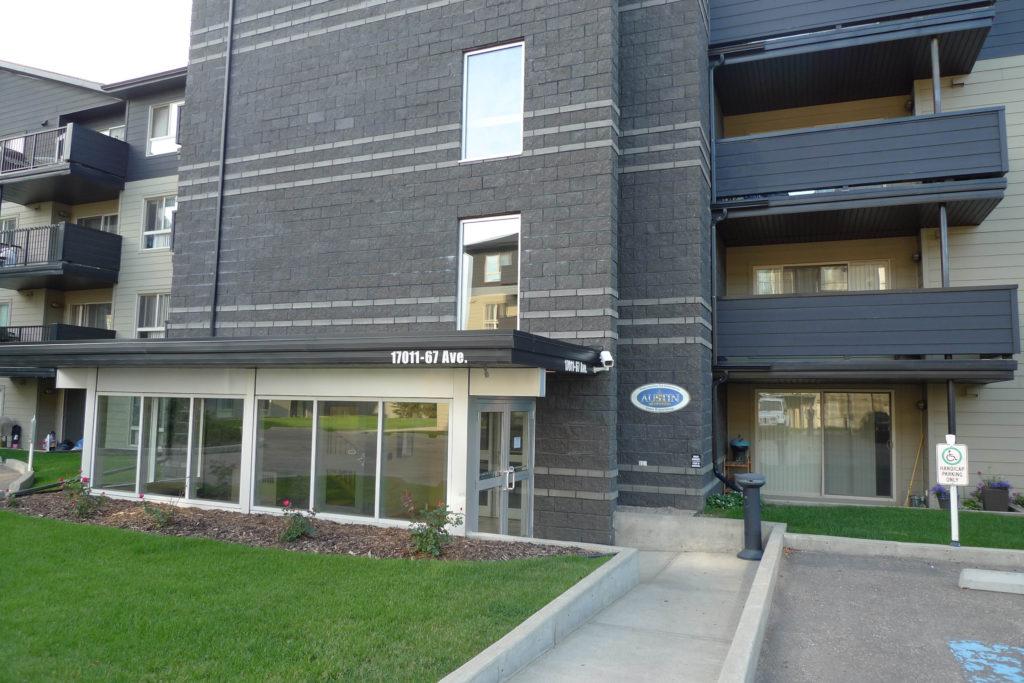 Somerset Condominiums, Edmonton
